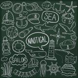 Vettore fatto a mano di progettazione del mare di avventura di scarabocchio di schizzo tradizionale nautico delle icone illustrazione di stock