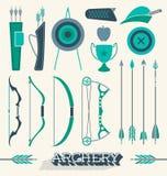 Vettore fissato: Icone ed oggetti di tiro con l'arco Immagini Stock Libere da Diritti