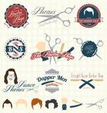 Vettore fissato: Retro Barber Shop Labels Immagine Stock