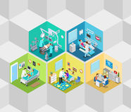 Vettore isometrico piano 3d del reparto interno di operazione della clinica dell'ospedale Fotografia Stock Libera da Diritti