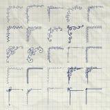 Vettore Pen Drawing Outlined Corners decorativo su carta sgualcita Immagine Stock