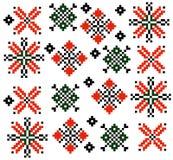 Vettore stabilito della raccolta del modello etnico rumeno moldovan dell'ornamento Immagine Stock