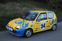 Vettura da corsa Fiat 600 Arkivbild