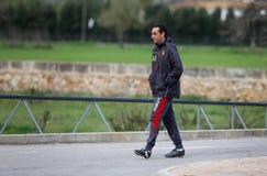 Vettura spagnola di calcio di Jose Luis Oltra che gesturing alle possibilità di formazione Fotografie Stock