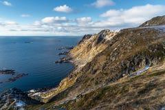 Vettura in una mattina, arcipelago di Lofoten, Norvegia di Ballstad Fotografia Stock