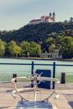 Vew av den Tihany abbotskloster på sjön Balaton i Ungern Arkivfoton