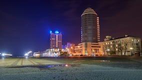 Vew av nattport Novorossiysk fotografering för bildbyråer