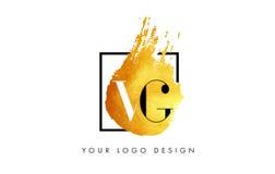 VG gouden Brief Logo Painted Brush Texture Strokes Royalty-vrije Stock Afbeeldingen