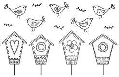 Vögel und Birdhouses Stockfotografie