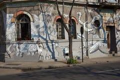 Väggmålningar av barrioen Yungay Arkivfoton