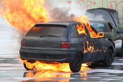 Véhicule brûlant Photographie stock