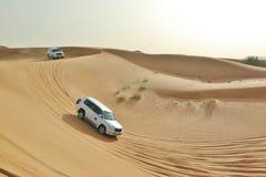 Véhicule dans le désert Images libres de droits