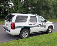 Véhicule de police de parc d'état Image stock
