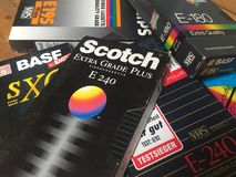 VHS录象带,许多品牌是可认识的 免版税库存图片