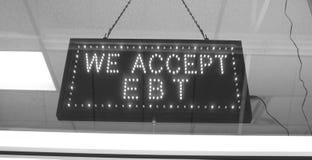 Vi accepterar EBT-tecknet royaltyfri foto