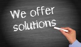 Vi erbjuder lösningar Arkivfoton