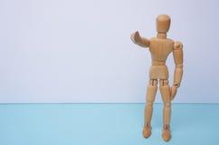VI VOGLIAMO - manichino di legno, burattino, punti il suo dito voi con copyspace Può essere usato per il concetto di affari, nole Fotografie Stock Libere da Diritti