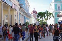 Via amichevole pedonale in Cienfuegos, Cuba Fotografie Stock