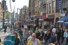 Via Amsterdam di Damrak Fotografia Stock Libera da Diritti