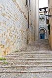 Via antica a Girona fotografia stock
