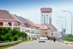 Via dal Mekong davanti al nuovo mondo VNW, un mega progetto di Vientiane del complesso contemporaneo della città a Vientiane, Lao Fotografie Stock
