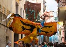 Via decorata del distretto di Gracia Drago Fotografia Stock