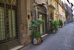 Via deien Coroniari i Rome Arkivbilder