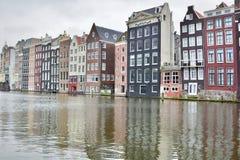 Via del canale amsterdam netherlands immagini stock libere da diritti