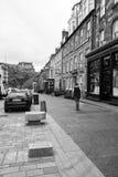 Via del castello a Edimburgo, Regno Unito fotografie stock