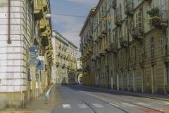 Via del centro storico di Torino Piemonte, Italia fotografie stock