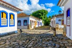 Via del centro storico in Paraty, Rio de Janeiro, Brasile immagine stock libera da diritti