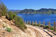 Via del lago Immagine Stock