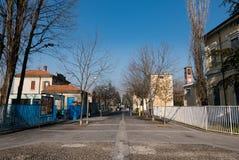 Via del naviglio del sul di Trezzano, Italia fotografia stock