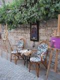 Via del villaggio di Alacati, Smirne, Turchia Immagine Stock