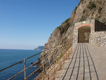Via dell'Amore. Pathway of love in Cinque terra royalty free stock photos