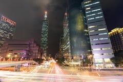 Via della città di Taipeh alla notte Immagine Stock Libera da Diritti