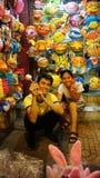 Via della lanterna del Vietnam, mercato dell'aria aperta Immagine Stock