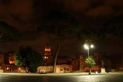 Via della notte a Roma Fotografia Stock Libera da Diritti