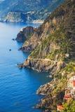 Via dellen Amore, vägen av förälskelse, flyg- sikt Cinque Terre Ligu Royaltyfri Fotografi