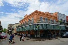 Via di Decatur nel quartiere francese, New Orleans fotografia stock libera da diritti