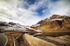 Via di elevate altitudini Immagine Stock