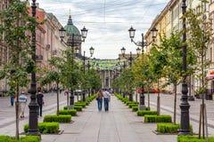 Via di Malaya Konyushennaya e cattedrale di Kazan, San Pietroburgo, Russia fotografia stock