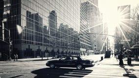 Via di Manhattan di primo mattino Fotografia Stock Libera da Diritti