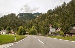Via di un villaggio in Austria Fotografia Stock Libera da Diritti