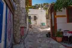 Via di vecchia città in Grecia fotografia stock libera da diritti