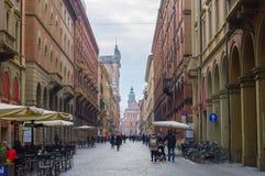 Via il ` Indipendenza del dell a Bologna Fotografia Stock