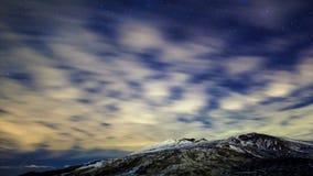 Via Látea acima do vulcão Etna Lapso de tempo 4K filme
