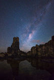 Via Lattea al promontorio di Bombo, Bombo, NSW, Australia Immagine Stock