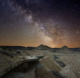 Via Lattea sopra il deserto Fotografia Stock Libera da Diritti