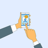 Via mobile di tocco delle mani di chiamata di Smart Phone delle cellule Fotografie Stock Libere da Diritti